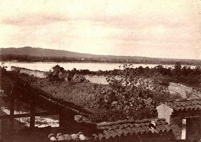 Villa Montes-kylä ja Pilcomayojoki