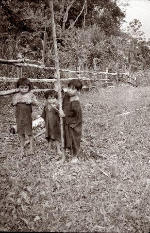 Shipibo-intiaanilapsia