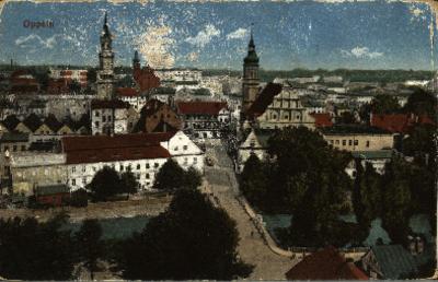 Opole : panorama miasta m.in. widok na kościół pw. Świętej Trójcy i budynek dzisiejszego archiwum