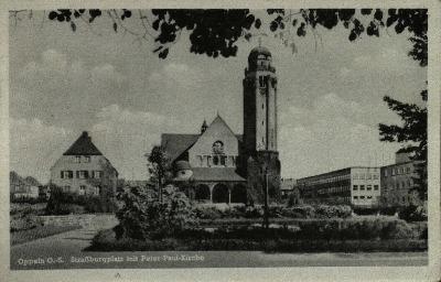 Opole : Strassburgerplatz mit Peter - Paul Kirche