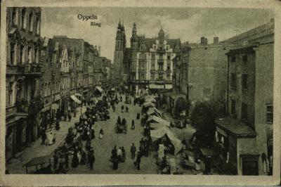 Opole : Ring [zachodnia strona rynku w dzień targowy]