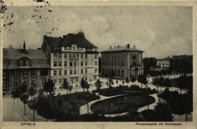 Opole : Friedrichsplatz mit Reichsbank [dzisiejszy plac Daszyńskiego z fragmentem ulicy Kołłątaja przy skrzyżowaniu z ulicą Damrota]