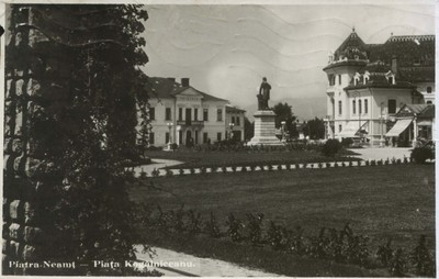 Piatra-Neamţ. - Piaţa Kogălniceanu