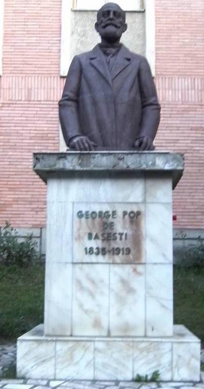 Bustul  lui George Pop de Băseşti