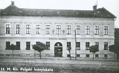 """Şcoala Generală """"Simion Bărnuţiu"""" (din 1947) Zalău"""