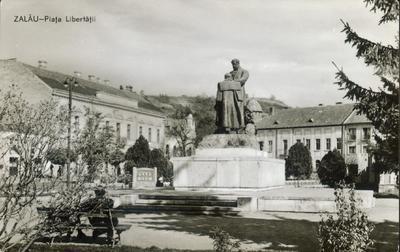 Zalău - P-ţa Libertăţii, statuia baronului Weselényi Miklós
