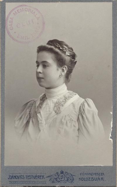 Lucia Lazăr