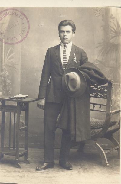 Portret de bărbat