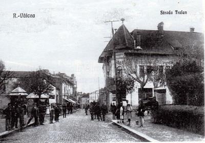Rm. Vâlcea - Strada Traian