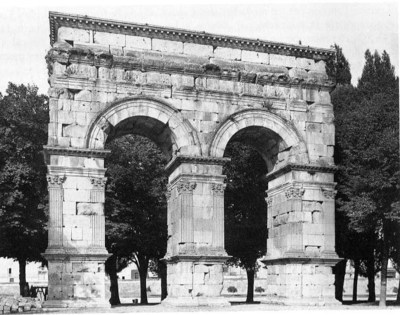 Dédicace de l'arc de Germanicus