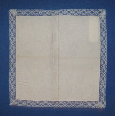 Handkerchief; worn by Vera Vasić from Belgrade