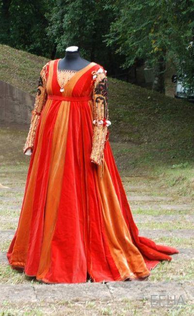 Stage costume  for Giulietta per Romeo e Giulietta