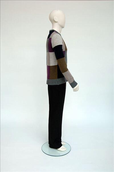 Trui met blauw, grijs, beige en paarse vlakken in wol