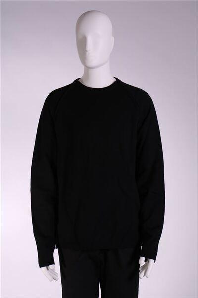 Trui in zwarte wol