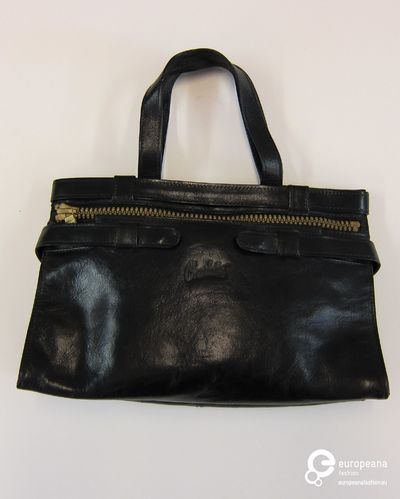 Handtas in zwart leer