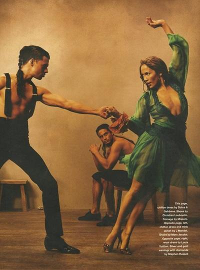Archivio Missoni - Jennifer Lopez witha a Coursage by Missoni