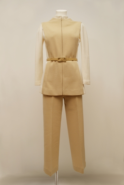 Ensemble (blouse trousers)