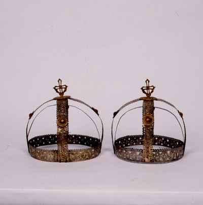 Marriage crowns