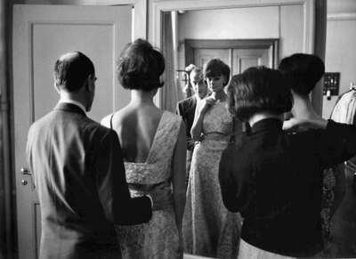 Il Marchese Emilio Pucci con modelle.