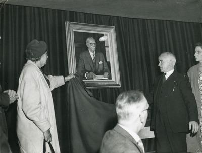 Unveiling of portrait of John P. Fox