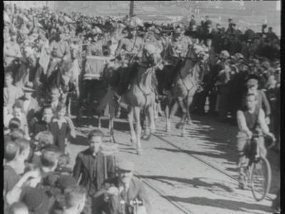 Powitanie wojsk wracających z manewrów
