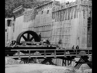 Elektrownia w Rożnowie. Budowa zapory wodnej