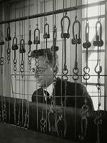 Beiaardier J. Wagenaar jr. achter het carillon