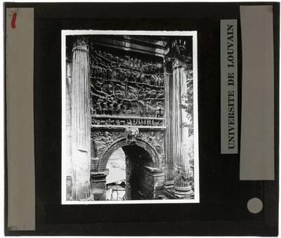 Arco di Settimio Severo. Reliëf :Detail van oorlosgscène