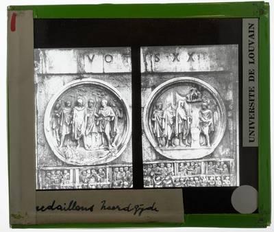 Arco di Costantino. Medaillons van Hadrianus :Noordzijde: Leeuwenjacht - Offer aan Hercules