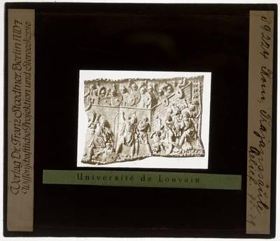 Colonna Traiana. Reliëf :Plaat nummer 24: Aanval op een Romeins fort (Scène 32)