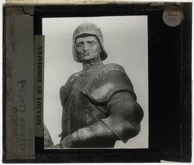 Andrea del Verrocchio. Alessandro Leopardi. Ruiterstandbeeld van Bartolomeo Colleoni :Detail: Buste van Bartolomeo Colleoni