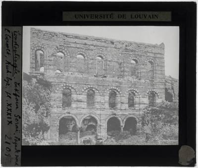 İstanbul. Tekfur Sarayı :Exterieur: Noordelijke muur