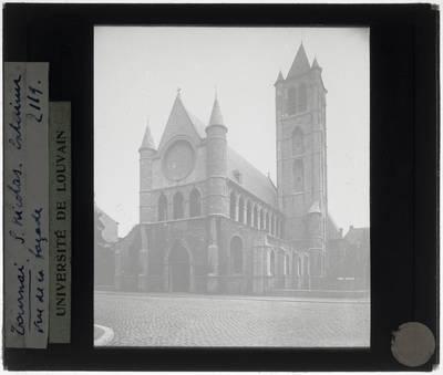 Tournai. Eglise Saint-Nicolas :Exterieur: Zicht vanuit het zuidwesten