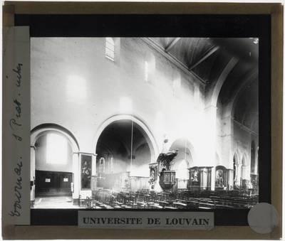 Tournai. Eglise Saint-Piat :Interieur: Zicht op de noordelijke zijbeuk vanuit het middenschip