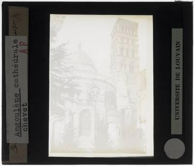 Angoulême. Cathédrale Saint-Pierre :Exterieur: Chevet