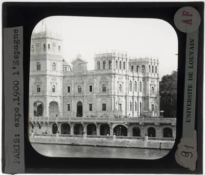 Paris. Spaans paviljoen van de wereldtentoonstelling in 1900 :Exterieur