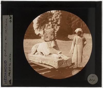 Medamud. Tempel van MontuSfinx van Nectanebo