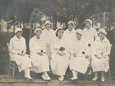 Hazel Goff and nurses