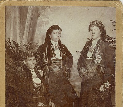 Folk costumes from Chepelare