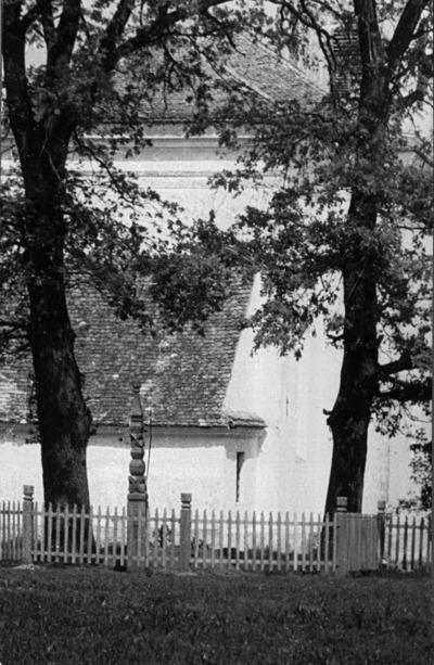 Tamási Áron sírja a farkaslaki temetőben