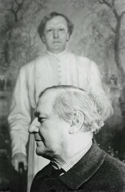 Mécs László egy őt ábréázoló festmény előtt