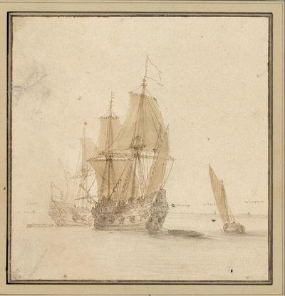Zwei Kriegsschiffe und ein Segelboot bei leichtem Wind