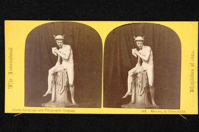 Weltausstellung London 1862: Statue des sitzenden Merkur mit der Panflöte von Bertel Thorwaldsen