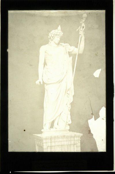 Statue antiken Stils