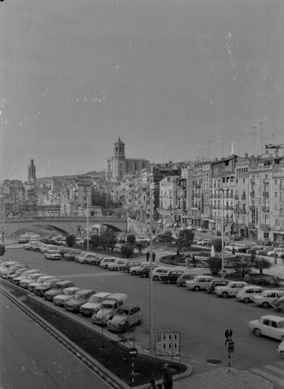 Girona. Pl. Catalunya