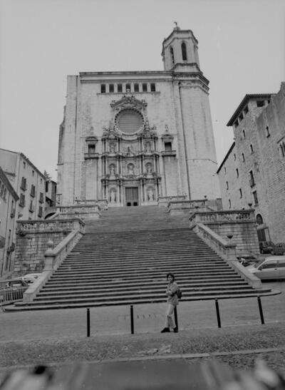 Girona. Façana Catedral i Mª Àngels