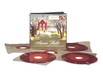 RCA Victor QEY 4 autochange record player: disc set