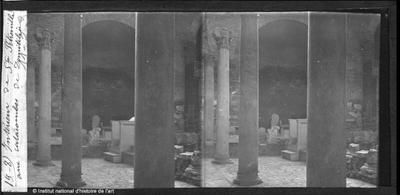 Intérieur de Sainte Pétronille aux catacombes de Domitilia