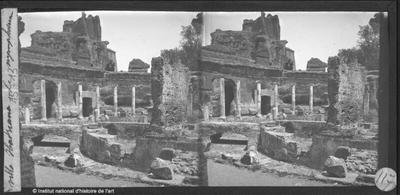 [Tivoli] Villa Hadriana. Le nympheum