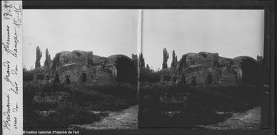 [Tivoli] Hadriana.Grands Thermes vus du bas du Canope